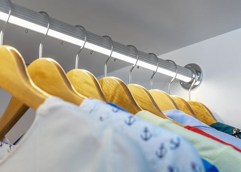 Oświetlenie w garderobie
